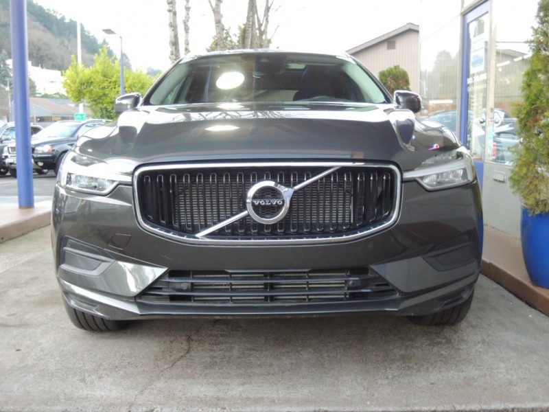 2018 Volvo XC60 T5 AWD Momentum, Pine Grey, Charcoal ...