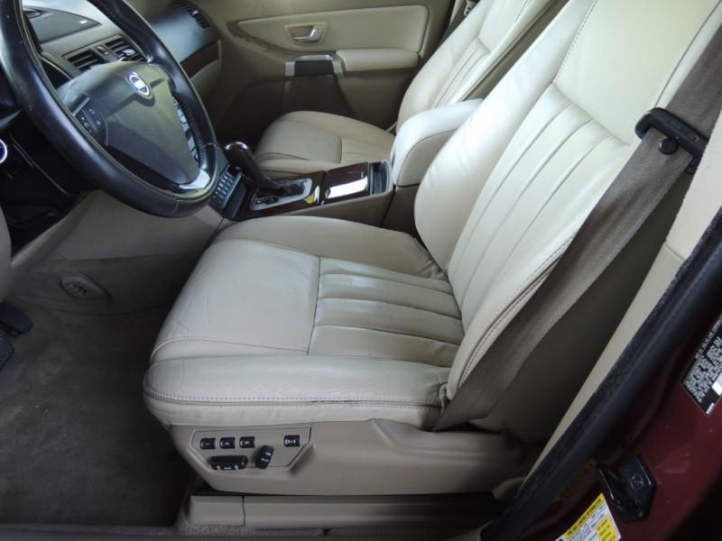 Volvo XC90 2013 price $17,200