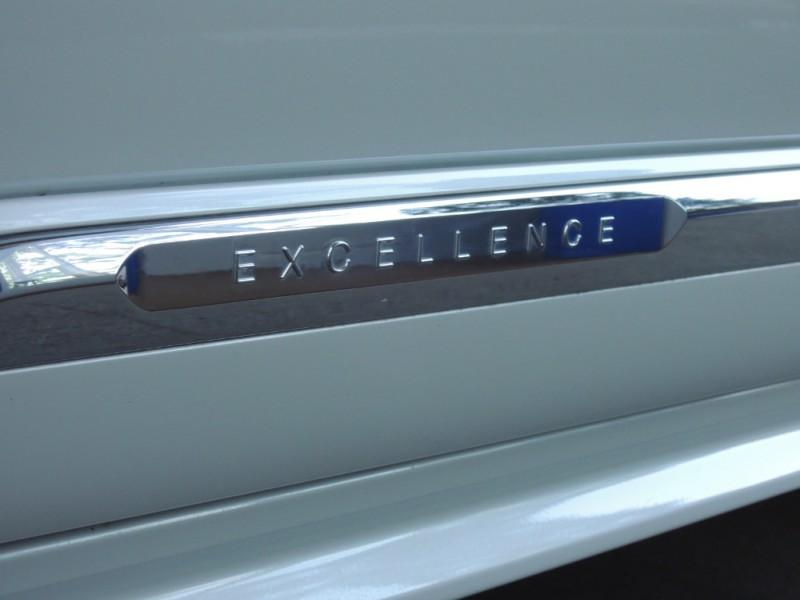 Volvo XC90 Hybrid 2017 price $54,500