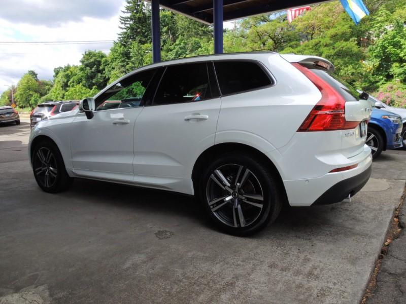 Volvo XC60 2018 price $37,000
