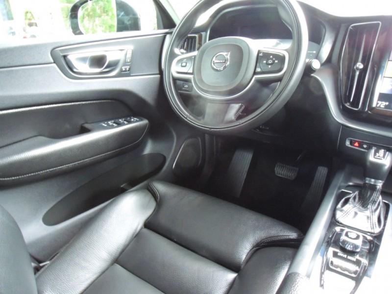 Volvo XC60 2019 price $40,500