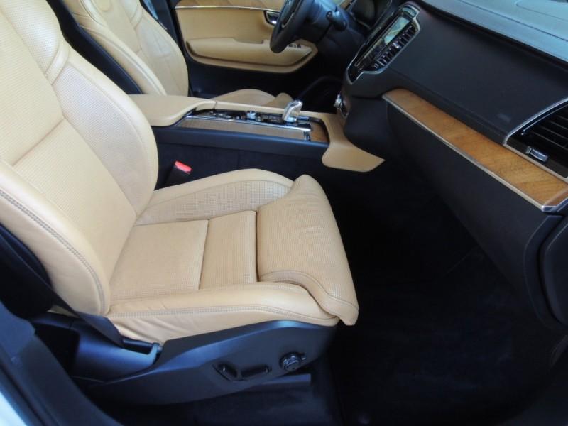 Volvo XC90 Hybrid 2016 price $45,500