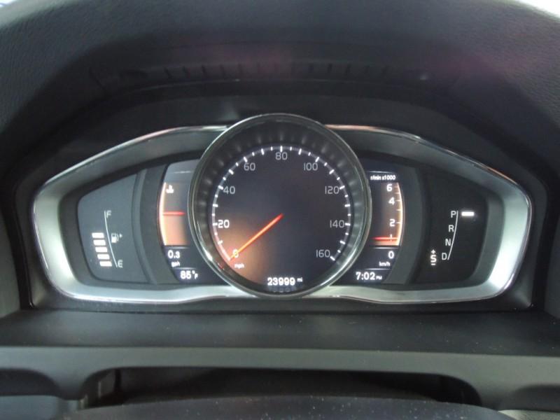 Volvo V60 Cross Country 2018 price $29,600