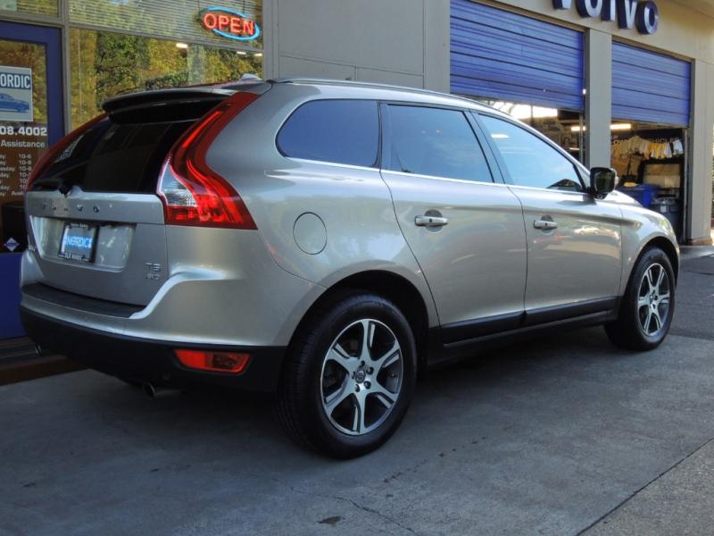 Volvo XC60 2011 price $10,500