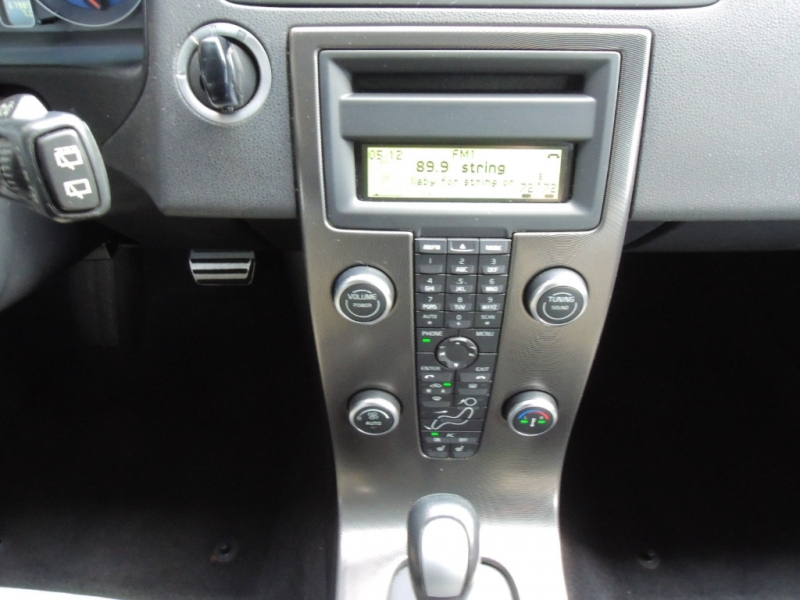 Volvo C30 2011 price $14,000
