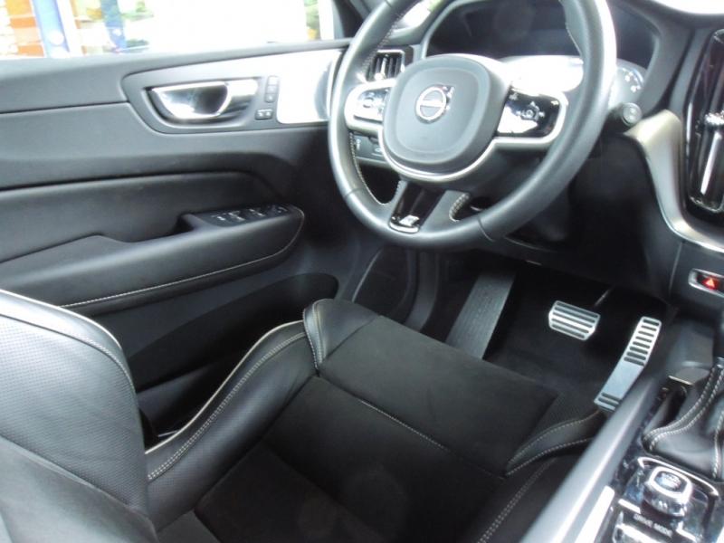 Volvo XC60 2019 price $48,800