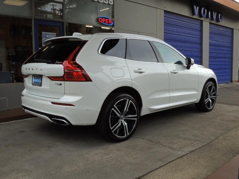 Volvo XC60 2019 price $49,500