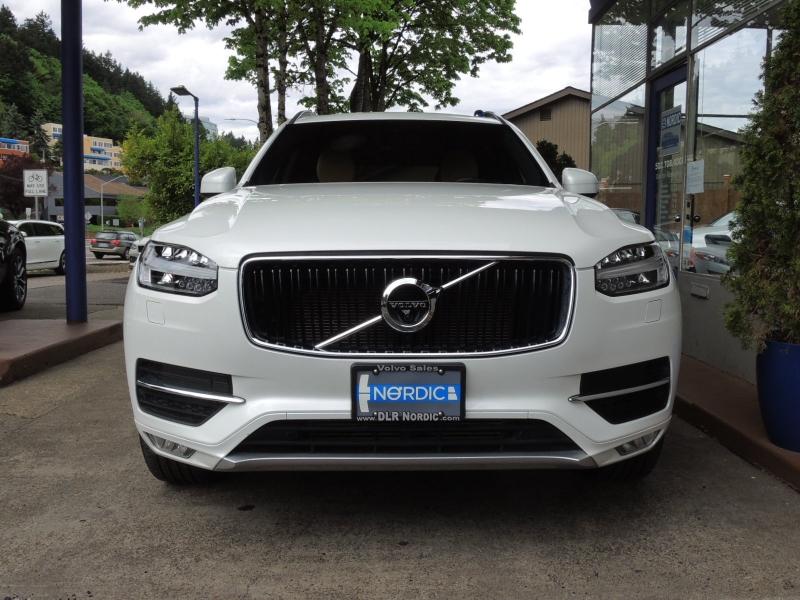 Volvo XC90 2019 price $42,800