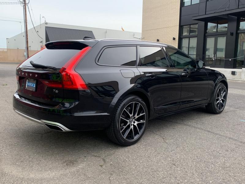 Volvo V90 Cross Country 2017 price $38,500