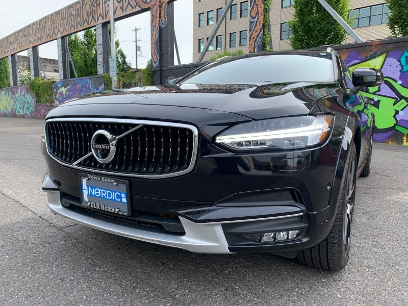 Volvo V90 Cross Country 2018 price $41,500