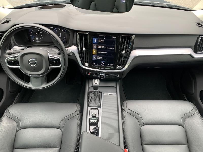Volvo V60 Cross Country 2020 price $37,400