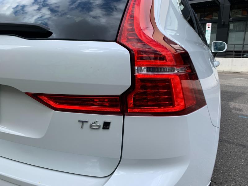 Volvo XC60 2019 price $38,500