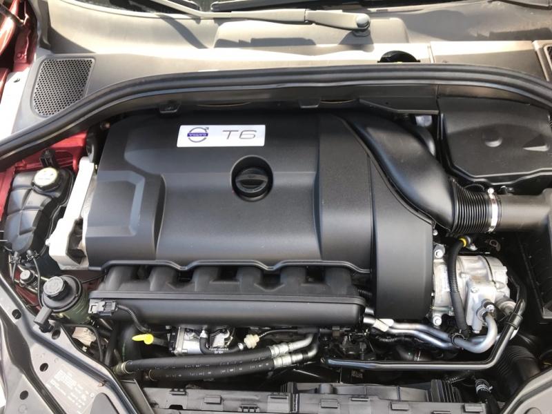 Volvo XC60 T6 2010 price $13,500