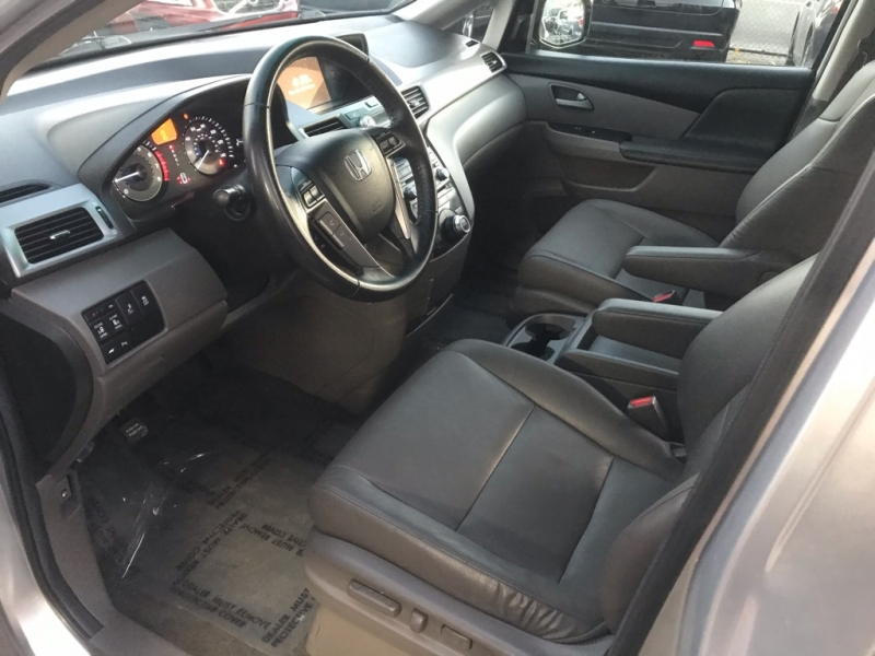 Honda Odyssey 2013 price $17,900