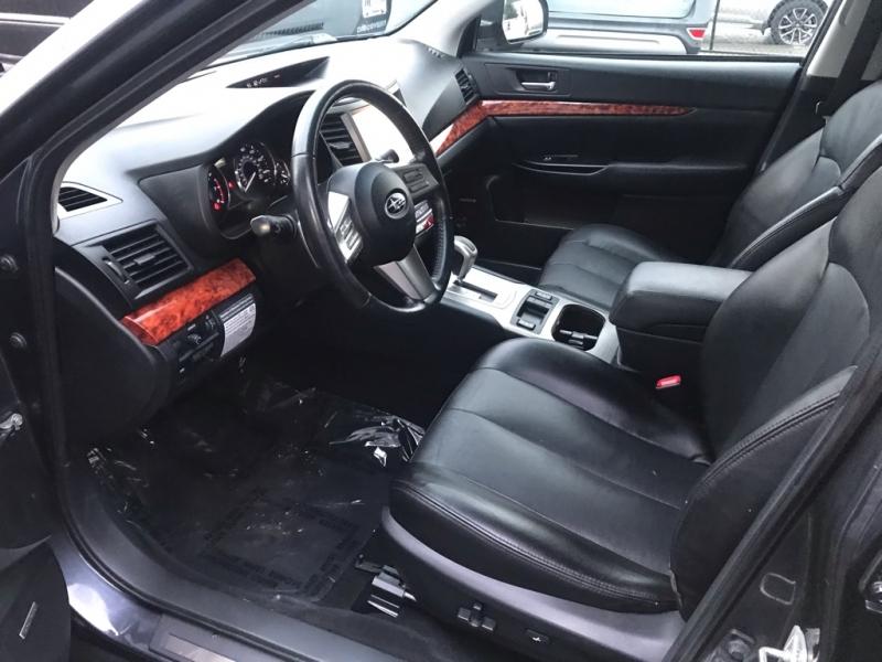 Subaru Outback 2011 price $11,500