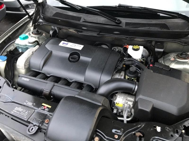 Volvo XC90 AWD 2011 price $9,900