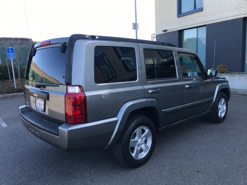 Jeep Commander 2007 price $7,791