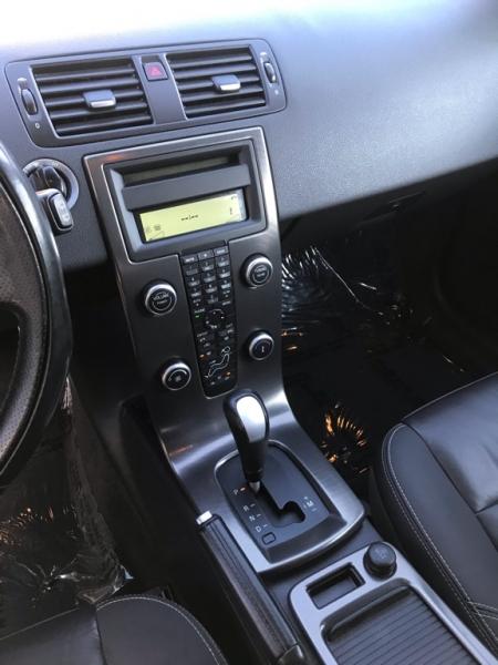 Volvo C30 2011 price $9,900
