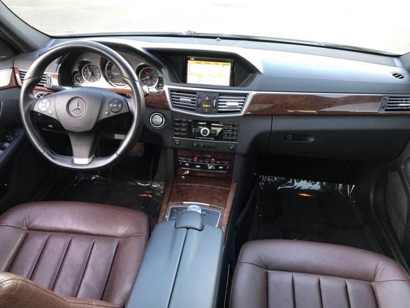 Mercedes-Benz E-Class 2010 price $11,500