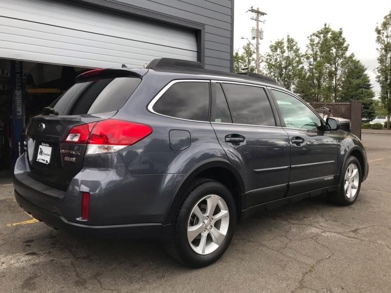 Subaru Outback 2014 price $11,900