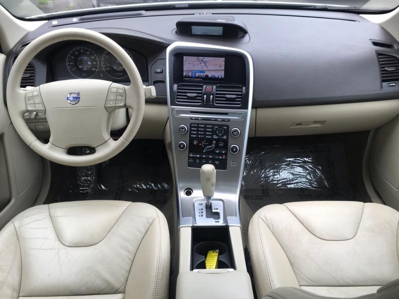 Volvo XC60 2010 price $9,900