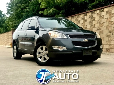 2011 Chevrolet Traverse AWD LT *3rd Row *Sharp *CARFAX 1 Owner