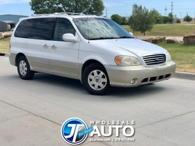 2003 Kia Sedona LX *CARFAX Clean *Cold AC *New Tires