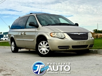 2006 Chrysler Town & Country Touring *CARFAX *Smooth