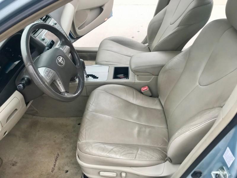 Toyota Camry Hybrid 2009 price $4,998