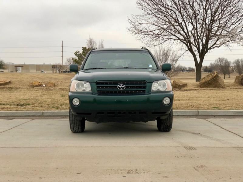 Toyota Highlander 2002 price $4,498