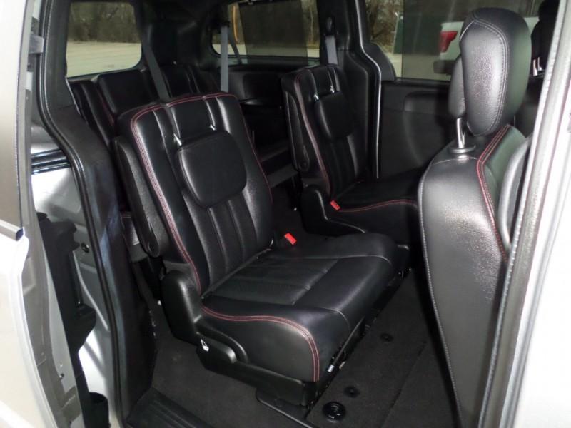 Dodge Grand Caravan 2017 price $20,880