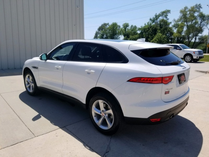 Jaguar F-PACE 2018 price $34,880