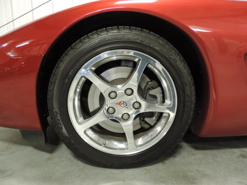 Chevrolet Corvette 2001 price $18,980