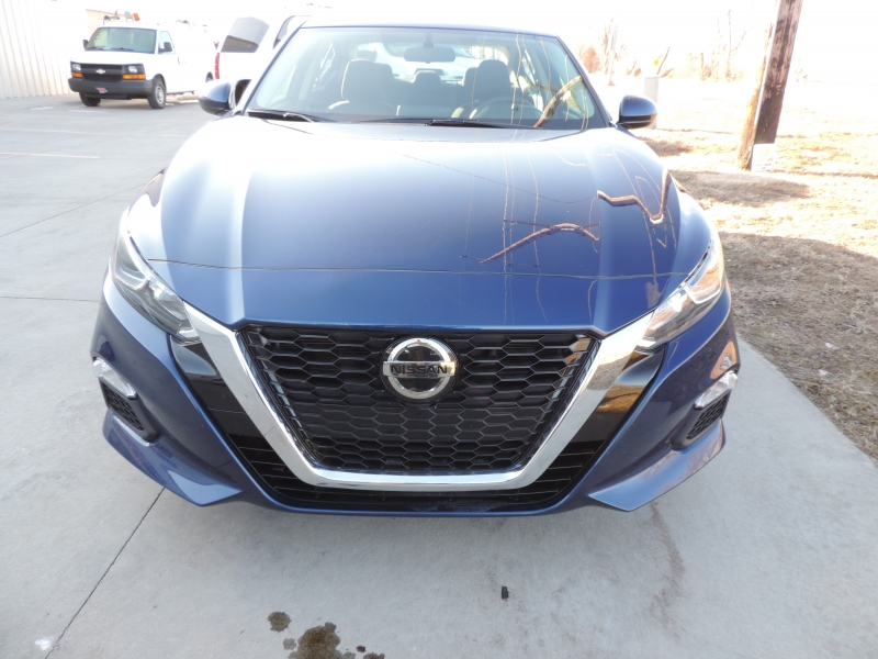 Nissan Altima 2019 price $16,980