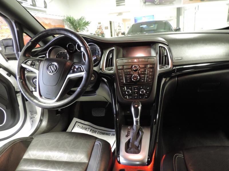 Buick Cascada 2018 price $24,880