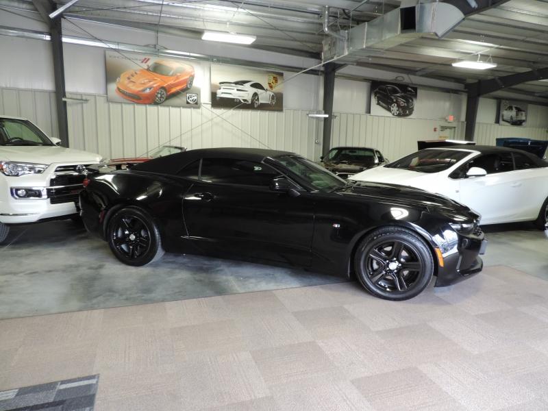 Chevrolet Camaro 2019 price $23,980