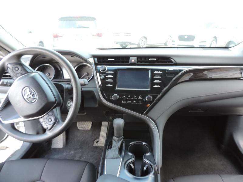 Toyota Camry 2019 price $18,990