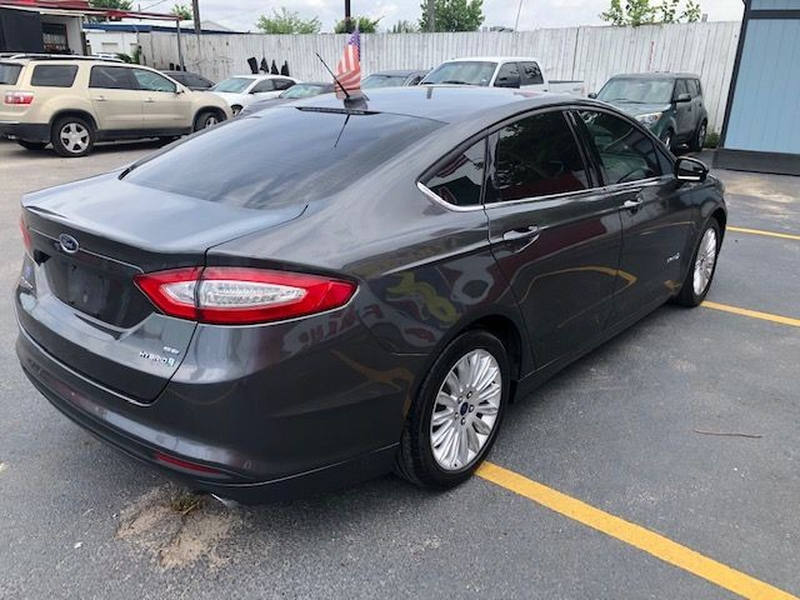 Ford Fusion Hybrid 2016 price $0