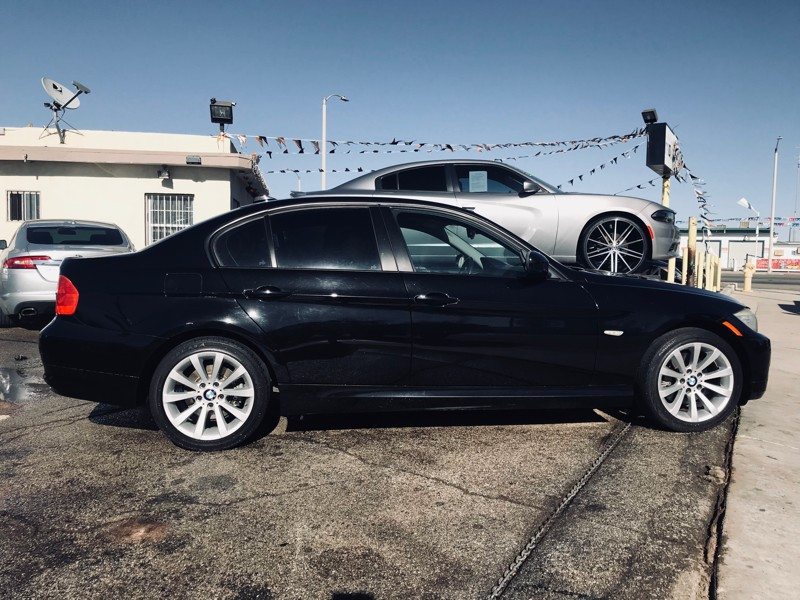 BMW 3 Series 2011 price $11,550