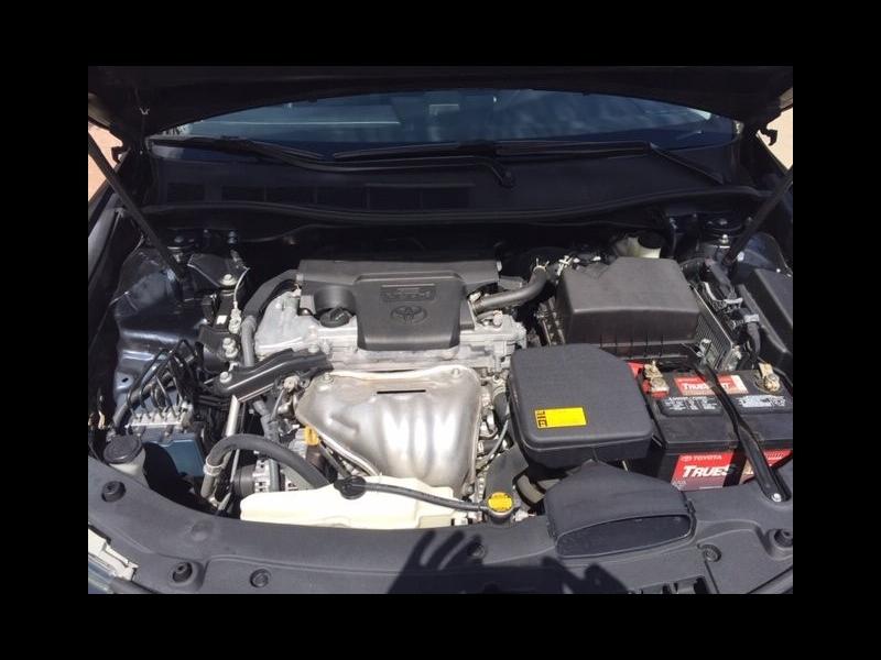 Toyota Camry 2014 price $13,995