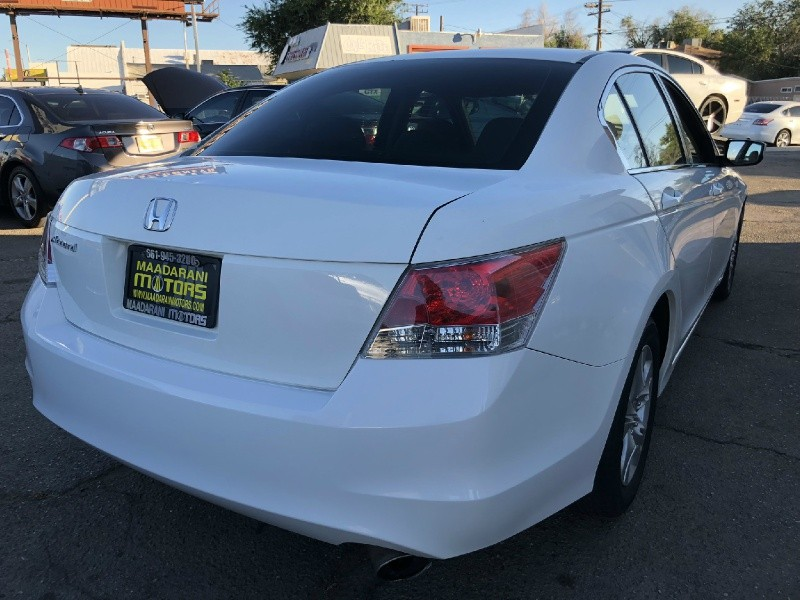 Honda Accord 2010 price $11,200