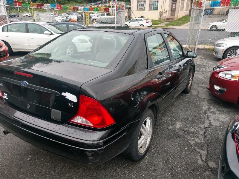 Ford Focus 2001 price $1,290