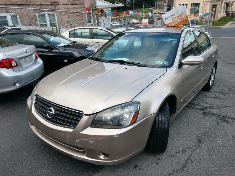 Nissan Altima 2005 price $2,490