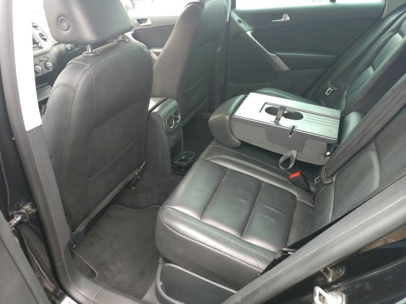Volkswagen Tiguan 2009 price $5,850