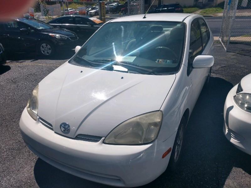 Toyota Prius 2003 price $2,350
