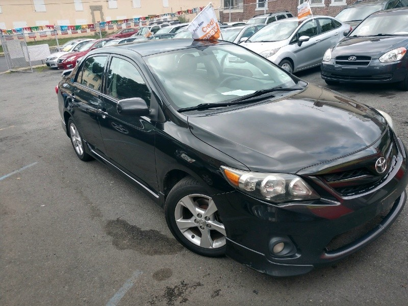 Toyota Corolla 2013 price $7,990