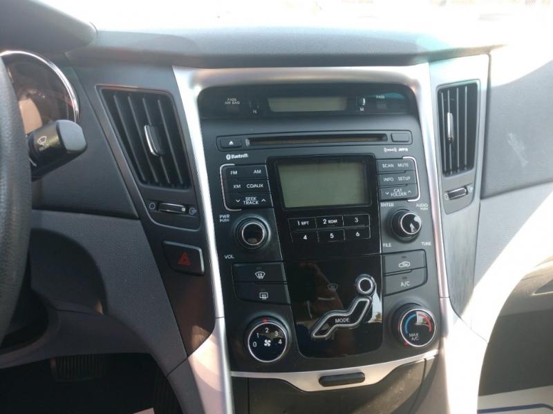 Hyundai Sonata 2011 price $4,390 Cash