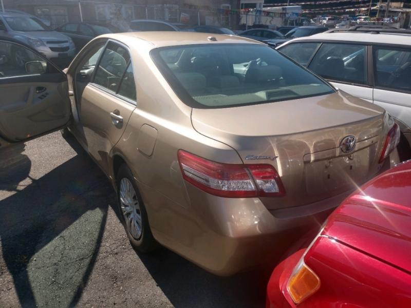 Toyota Camry 2011 price $6,590 Cash