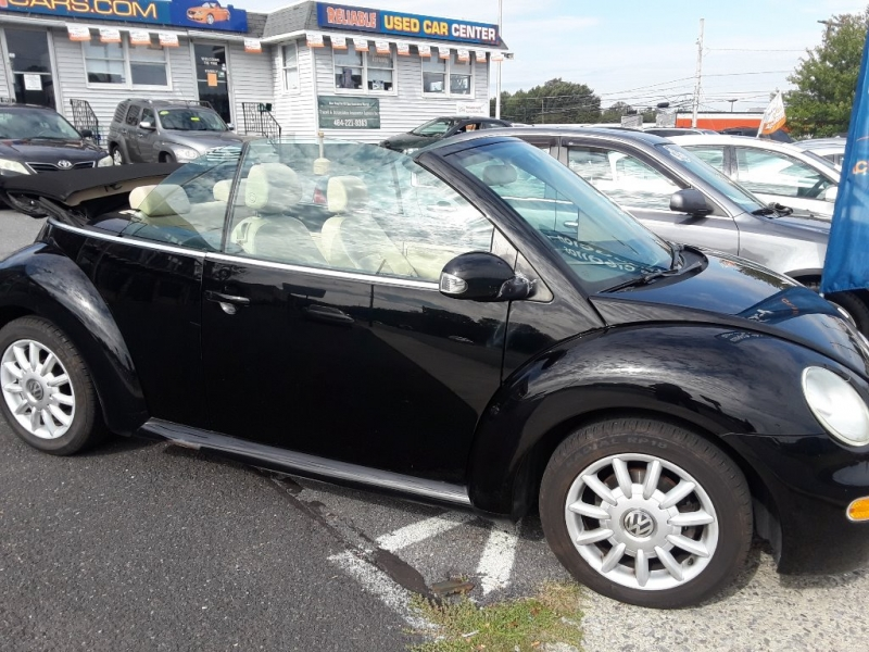 Volkswagen New Beetle Convertible 2004 price $3,890
