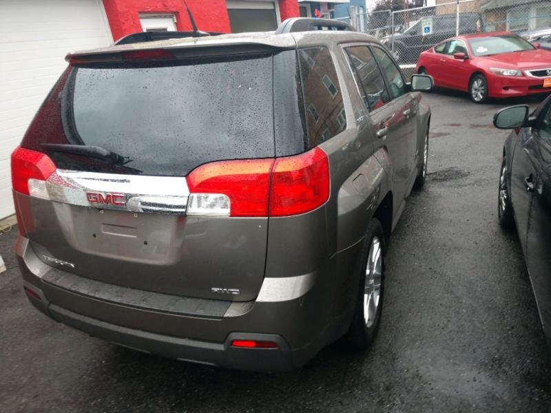 GMC Terrain 2011 price $8,995